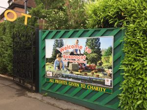 Bekonscot Model Village in Beaconsfield - a great day out with the kids little ankle biters