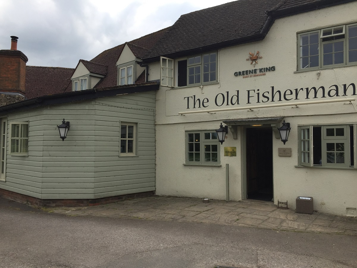 The Old Fisherman in Shabbington – great pub with a garden and play area