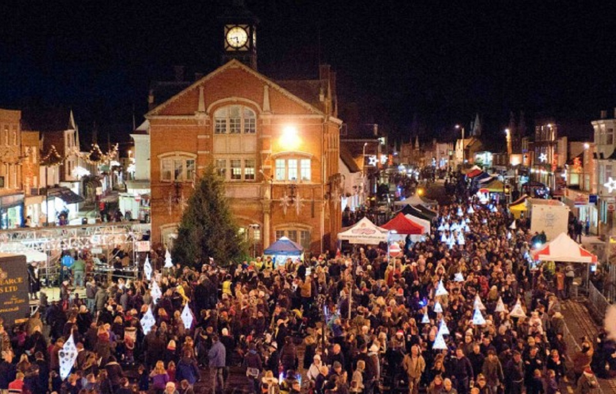 Thame Christmas Lights Switch On – Friday 1 December 2017